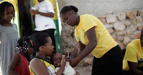 Een dubbele dosis ongelijkheid? Arme landen krijgen geen vaccins