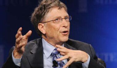 """Communicatiewetenschapper Alex Lyon: """"Lichaamstaal Bill Gates is verdacht"""""""
