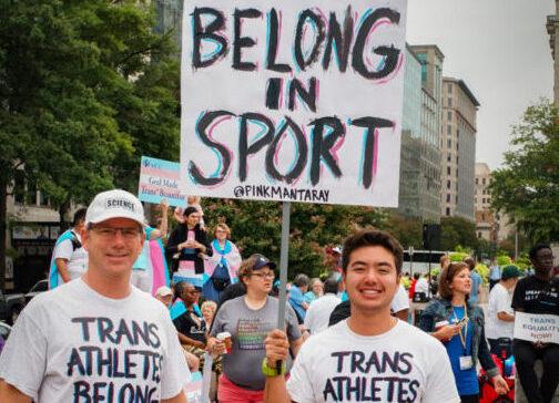 Olympische transgender gewichtheffer benoemd tot 'sportvrouw van het jaar'